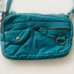 Roxy Bags - ROXY Crossbody Bag 3 zippers and small pocket